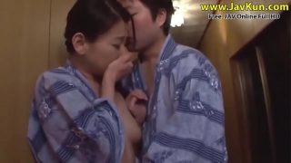 JAV – Mother's and son's holidays